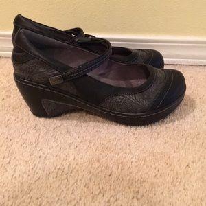 Jbu shoes size 8.5 black